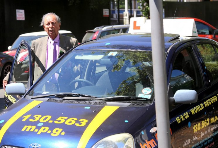britains oldest driving instructor - 634×432
