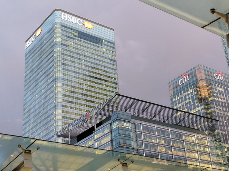 10000 jobs to be cut at HSBC