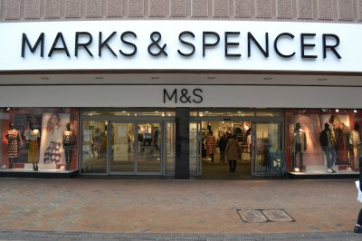 Marks & Spencer profits plunge amid store closure plan