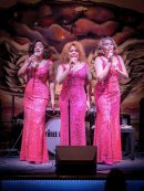 American songstresses in intimate county concert Image