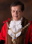 Mayor of Cheltenham to continue for another year Image
